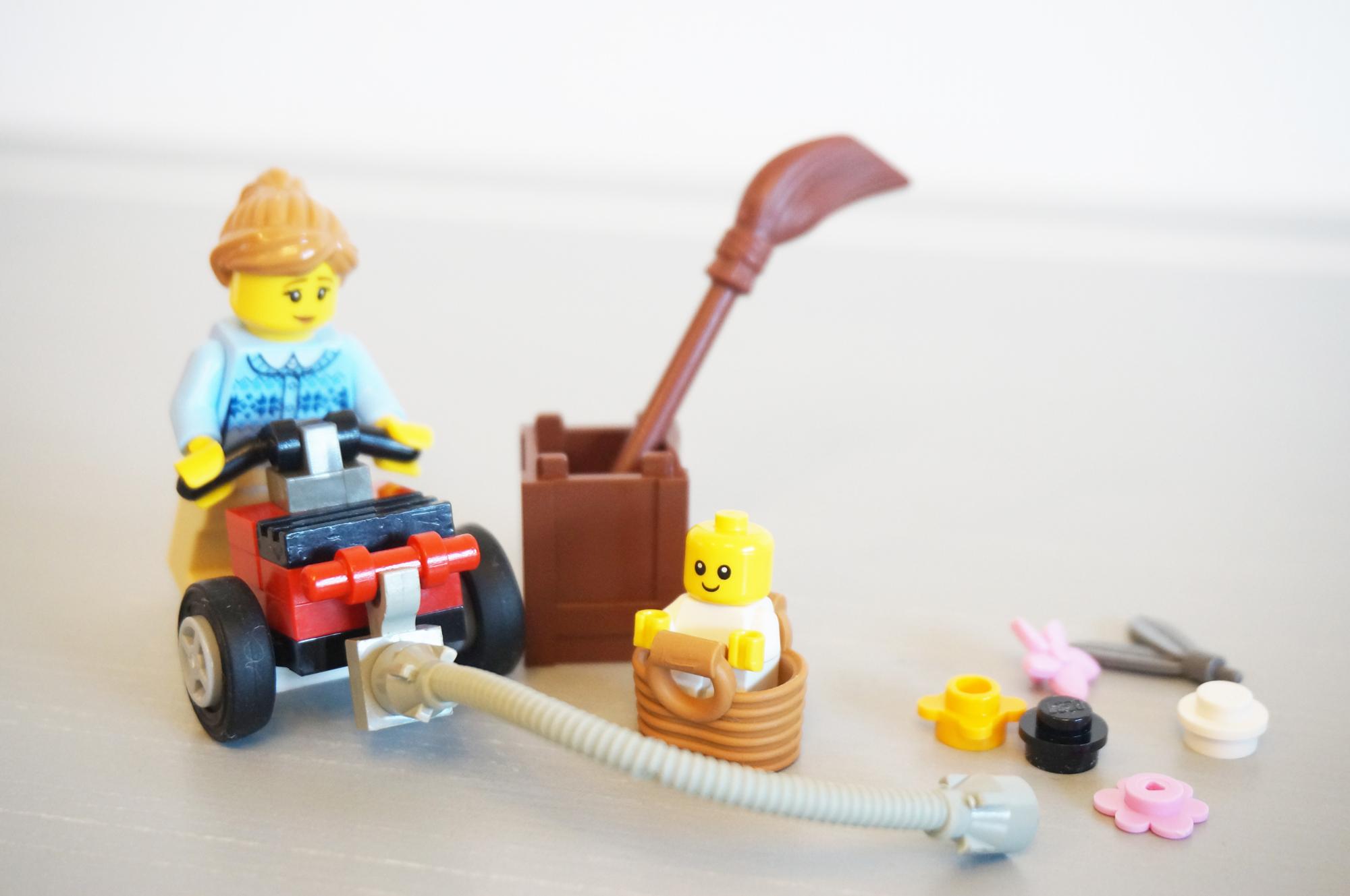 レゴでお掃除
