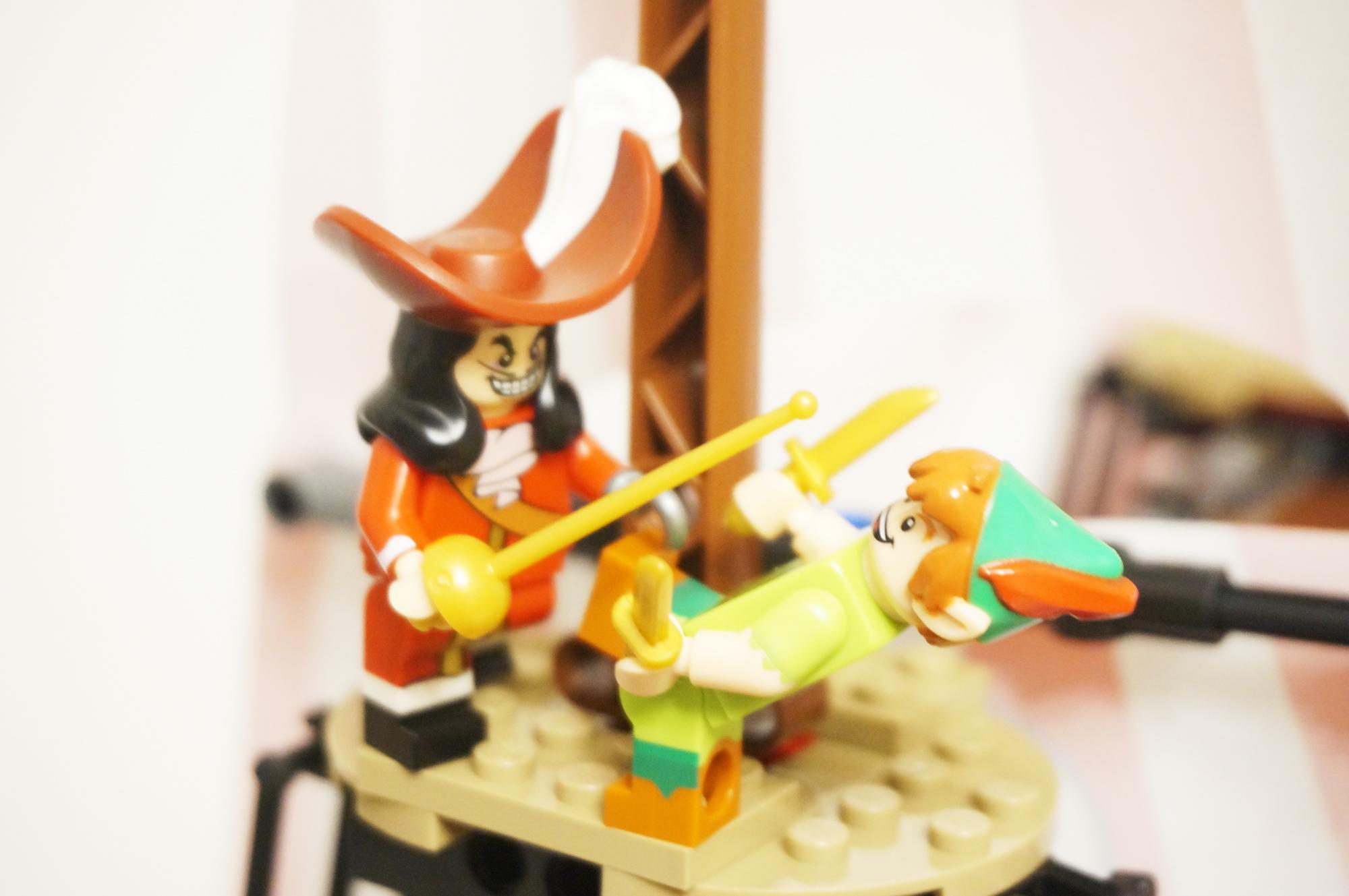 ピーターパンとフック船長の戦い