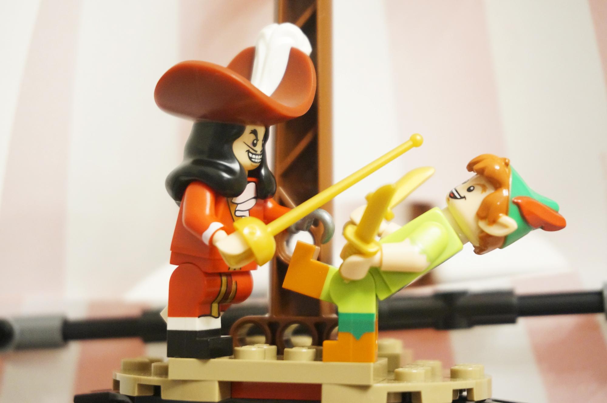 ピーターパンとフック船長の戦い2