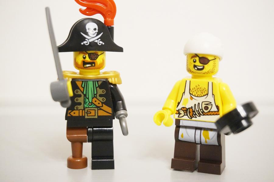 海賊のミニフィグ船長とコックさん