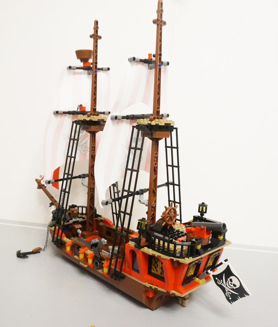 海賊船斜め後ろから