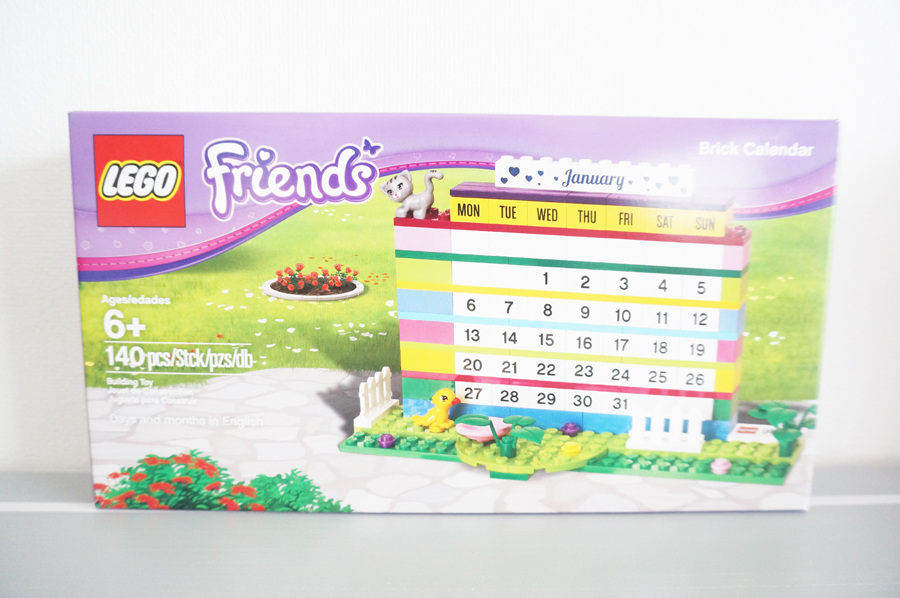 フレンズのカレンダーの外箱