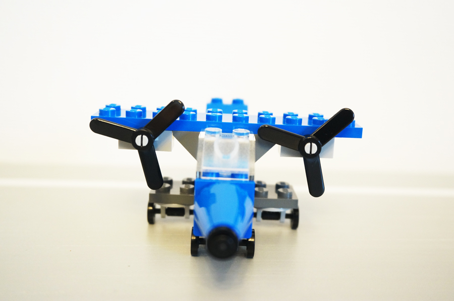 レゴ飛行機
