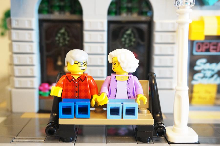 レゴ老夫婦