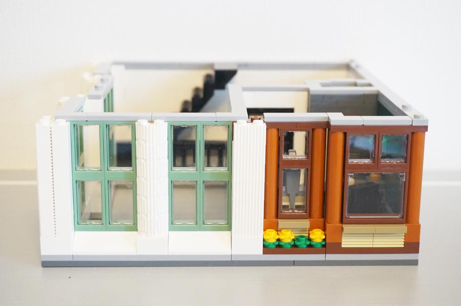 レゴ銀行2階のみ