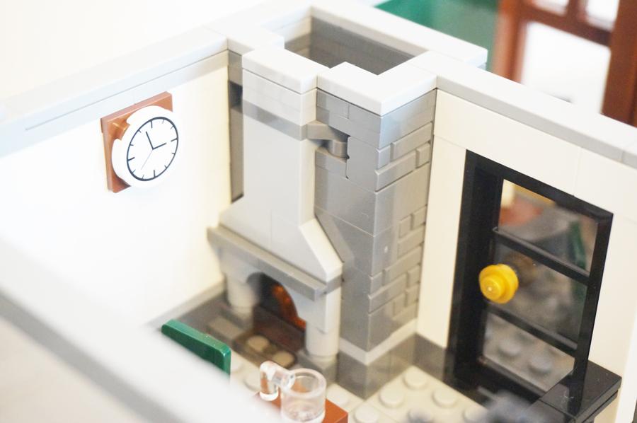 レゴ銀行2階暖炉