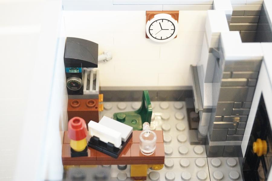 レゴ銀行2階銀行員室
