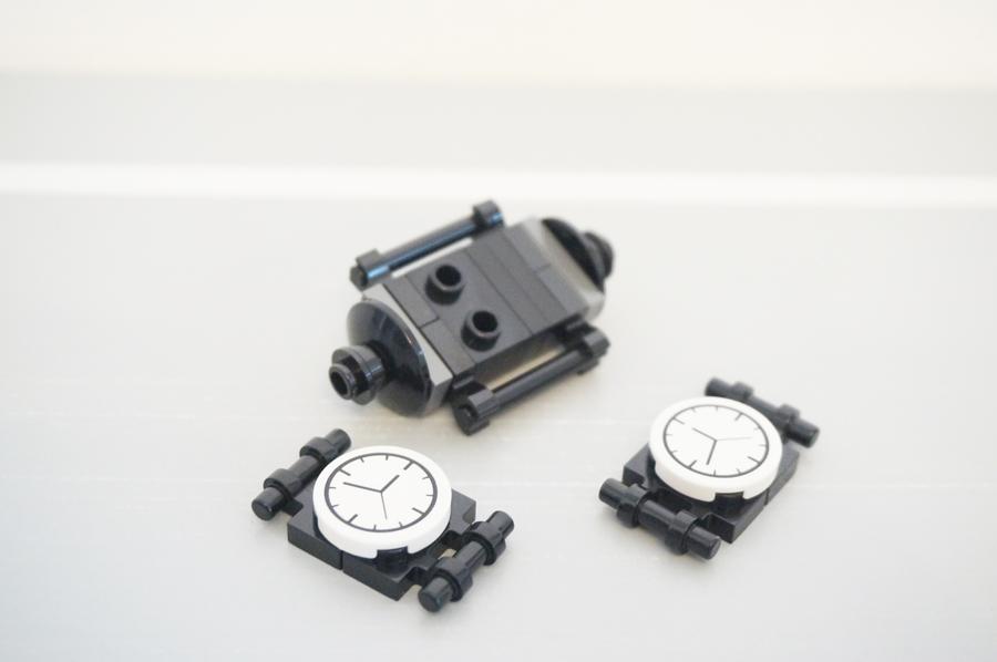 レゴ銀行時計