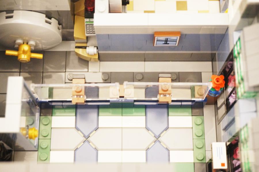 レゴ銀行窓口