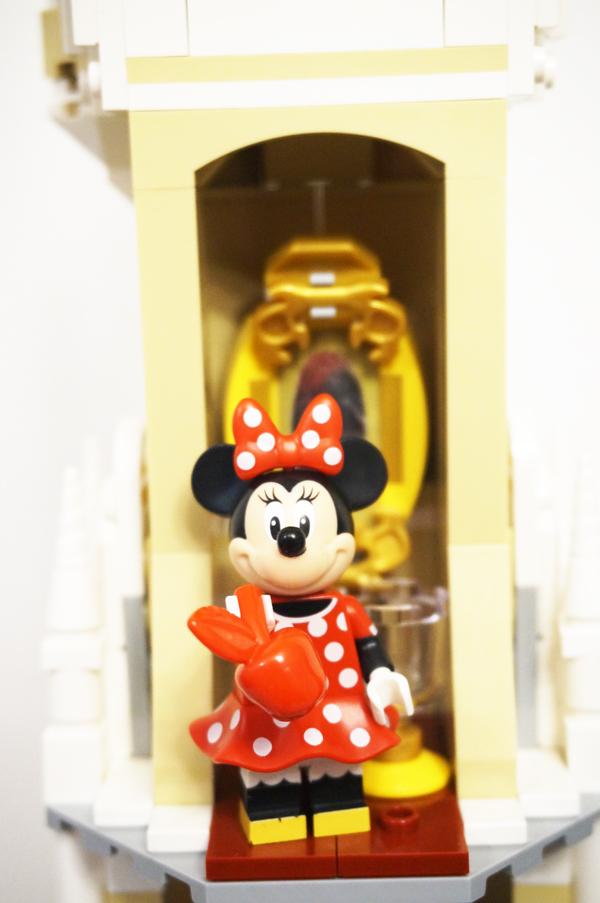 レゴの魔法の鏡と毒リンゴ