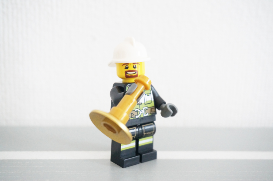 レゴ消防士さんとトランペット