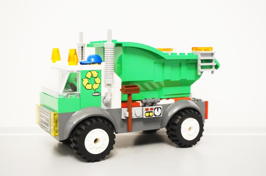 レゴジュアニゴミ収集車のトラック