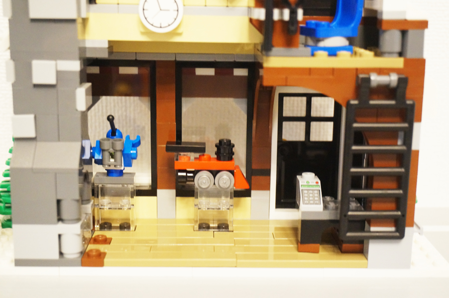 10249レゴ冬のおもちゃ屋さん店内