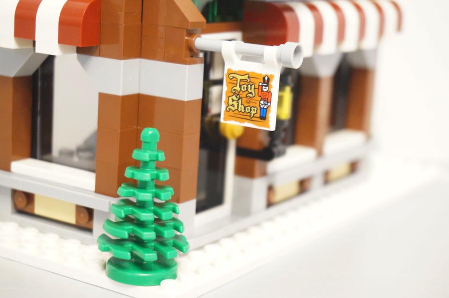 10249レゴ冬のおもちゃ屋さん看板