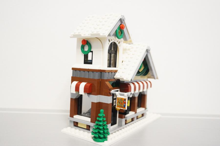 10249レゴ冬のおもちゃ屋さん横から