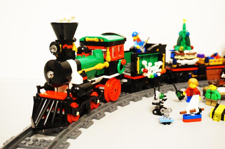 レゴ10254クリスマストレイン