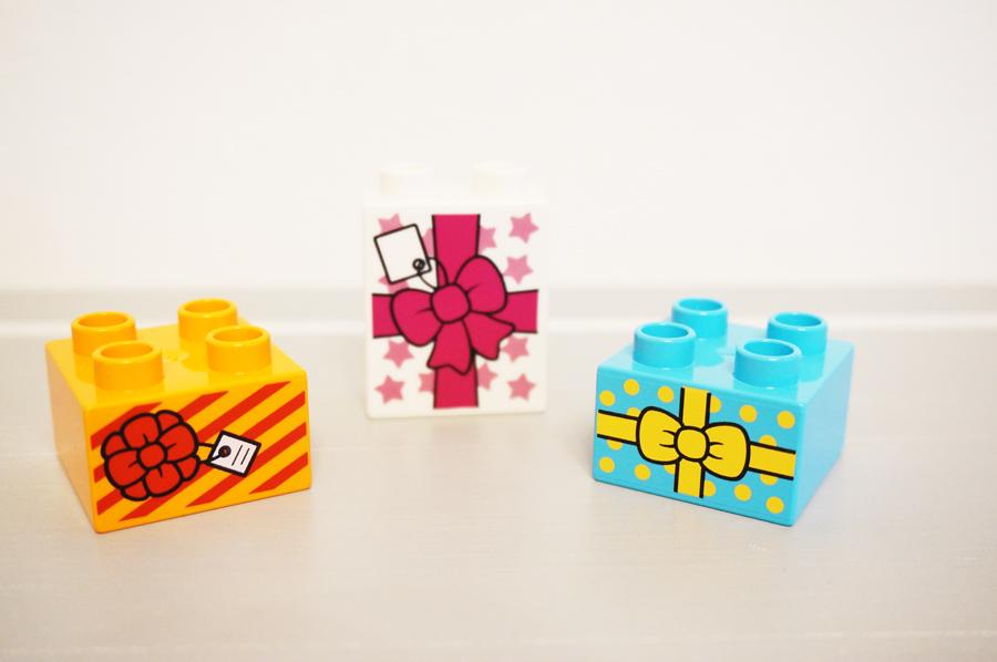 レゴデュプロのプレゼントボックスパーツ