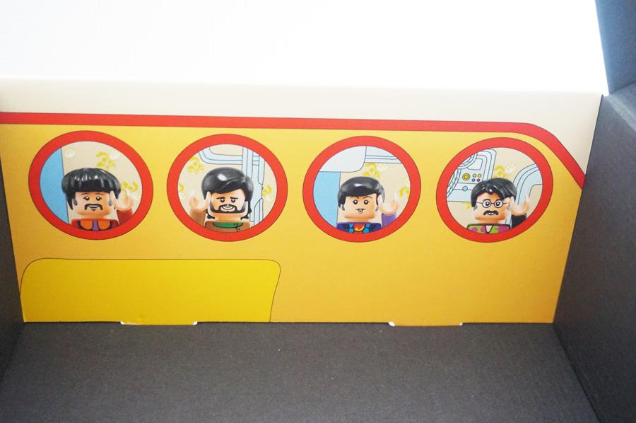 LEGO21306の箱