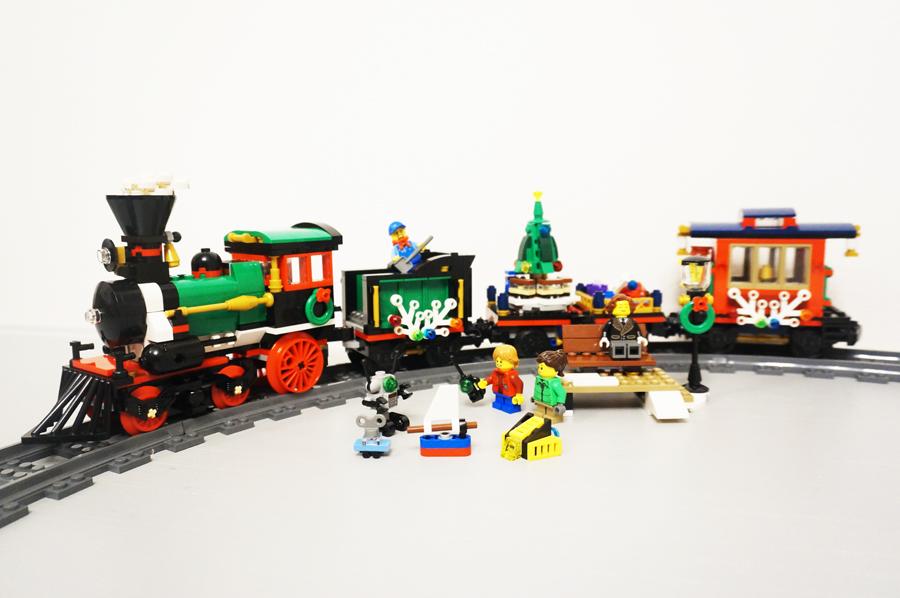 レゴクリスマストレイン10254