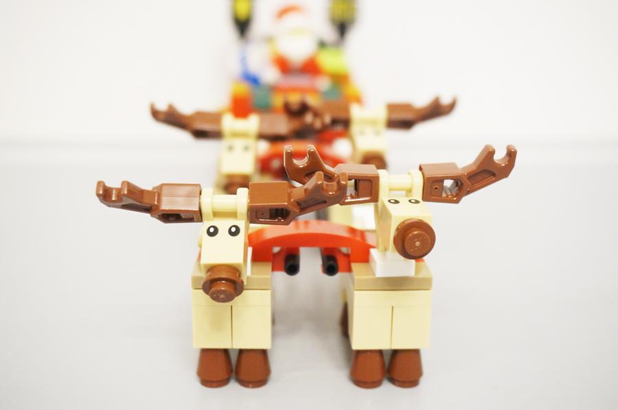 レゴ10245サンタさんのソリのトナカイ