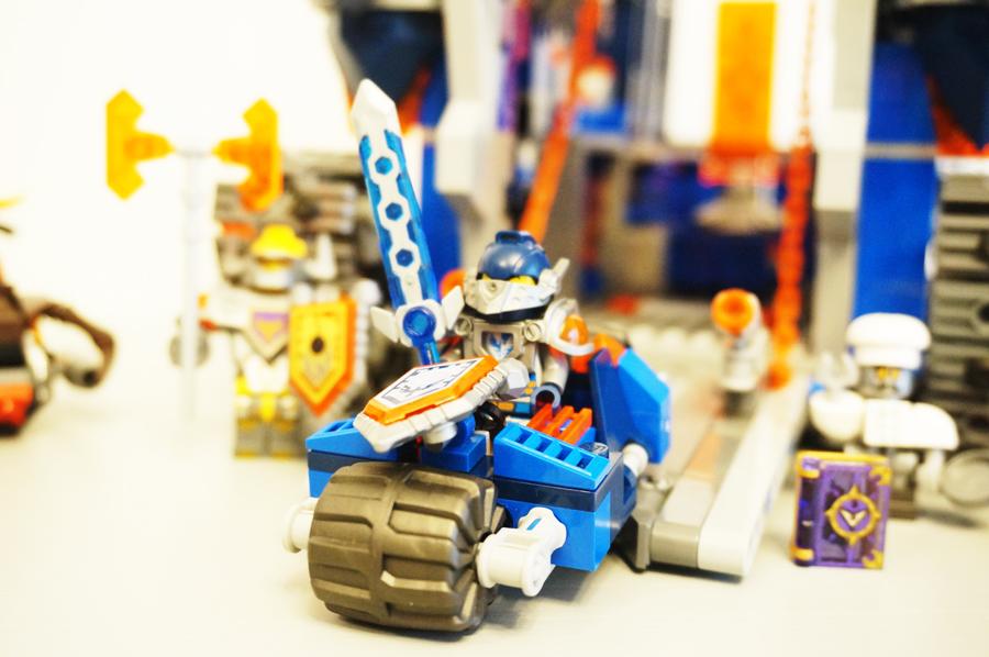 LEGO70317ネックスナイツのフォートレックスクレイ