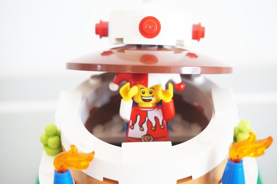 LEGO40153Birthday Decoration Cake Setピエロのミニフィグ