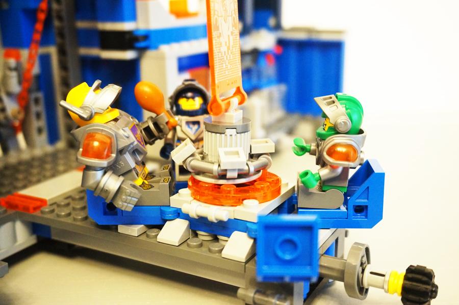 LEGO70317ネックスナイツのフォートレックス椅子