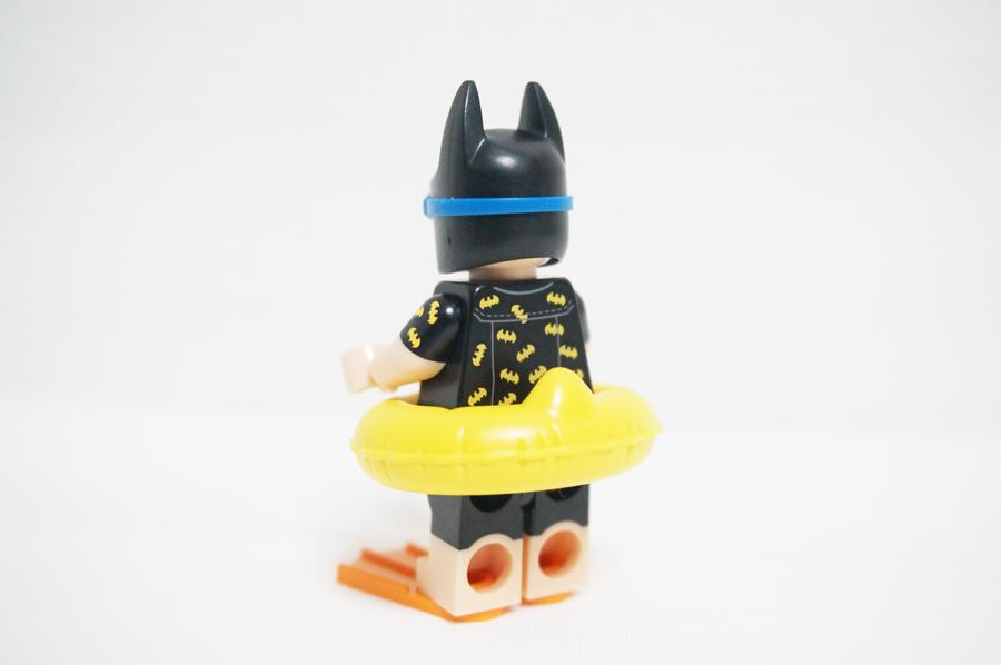 レゴバケーションバットマンのミニフィグ