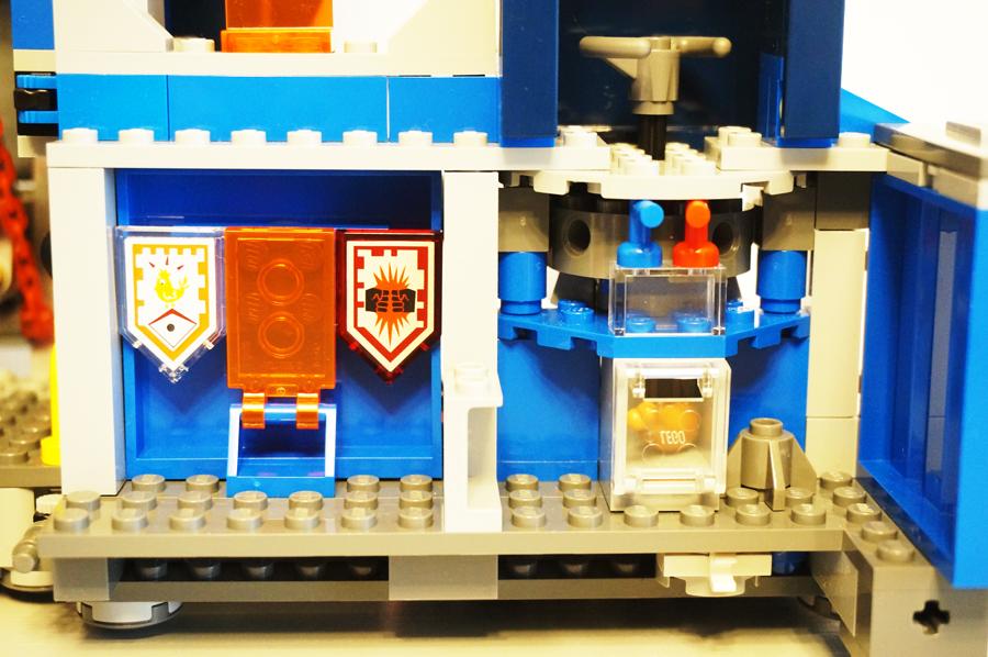 LEGO70317ネックスナイツのフォートレックスシールド格納庫