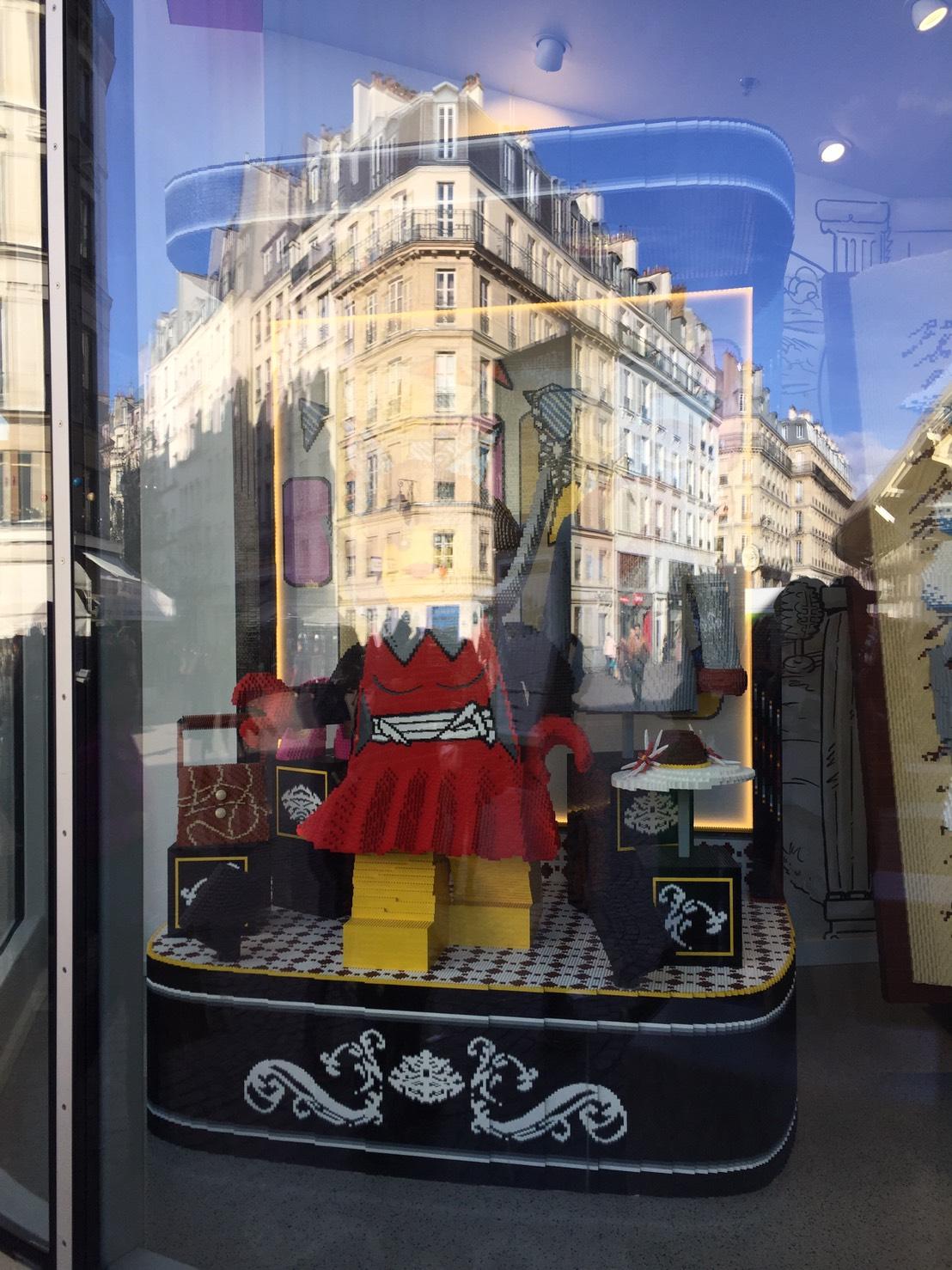 フランスパリのレゴストア