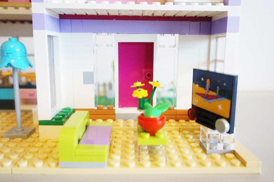 41095レゴフレンズエマのデザイナーズハウスリビング