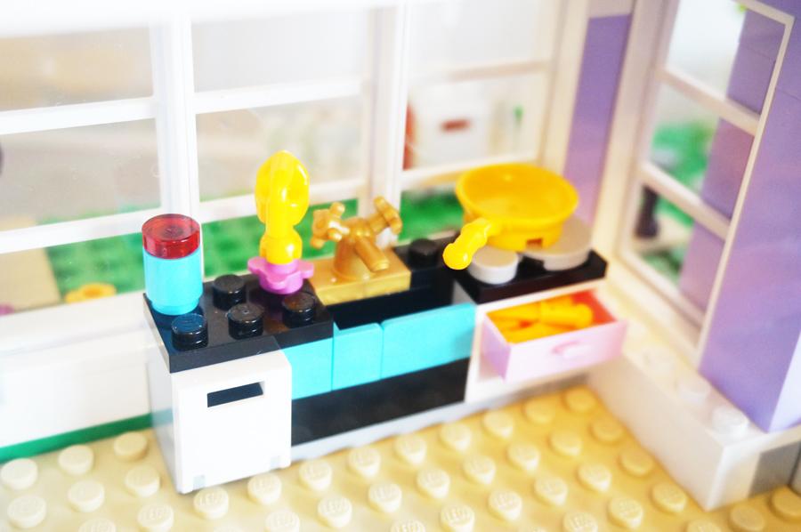 41095レゴフレンズエマのデザイナーズハウスキッチン