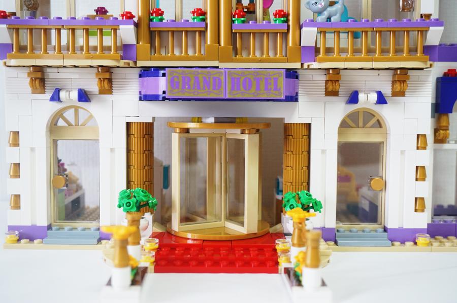41101レゴフレンズハートレイクホテル 回転ドア