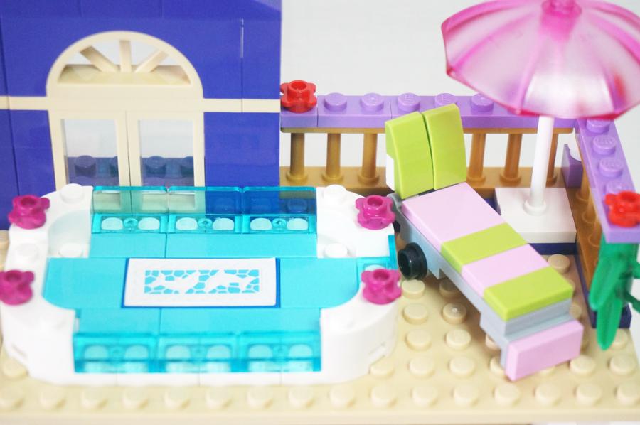 41101レゴフレンズハートレイクホテル 屋上のプール