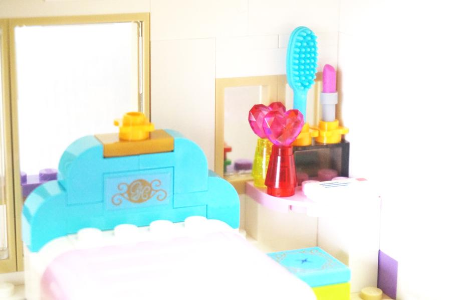 41101レゴフレンズハートレイクホテル ベッドルーム