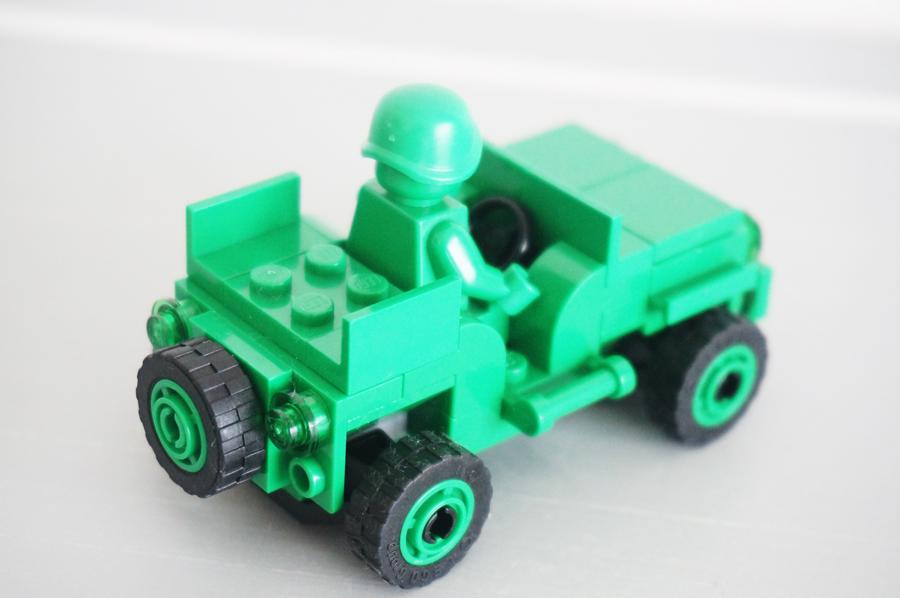 レゴ7595パトロール中のグリーン・アーミー・メン