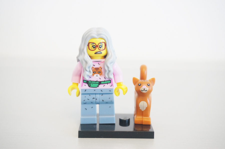 7100471004レゴミニフィギュアレゴムービーシリーズ猫好きおばさん
