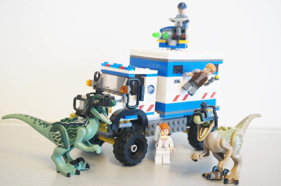 75917LEGOジュラシックワールドラプトルの猛威 Raptor Rampage