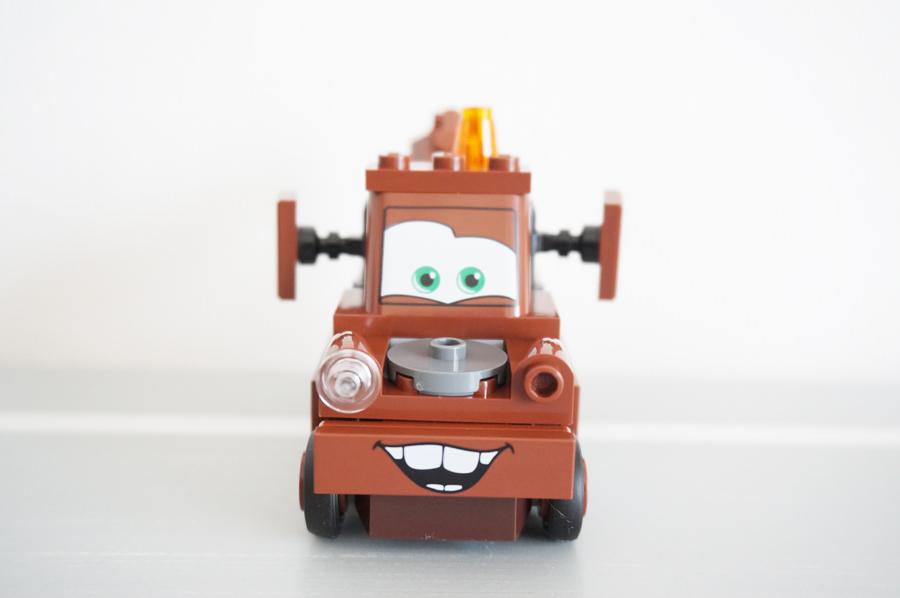 10733LEGOジュニア メーターのジャンクヤード Mater's Junkyard
