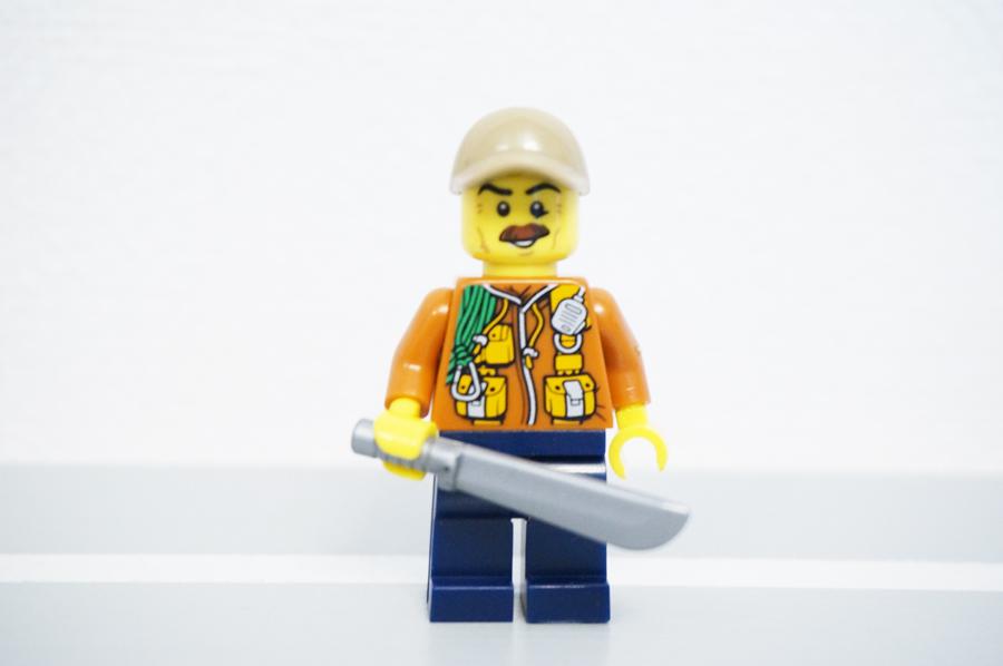 トイザらスブロックトーバーレゴシティミニフィグコレクション探検隊