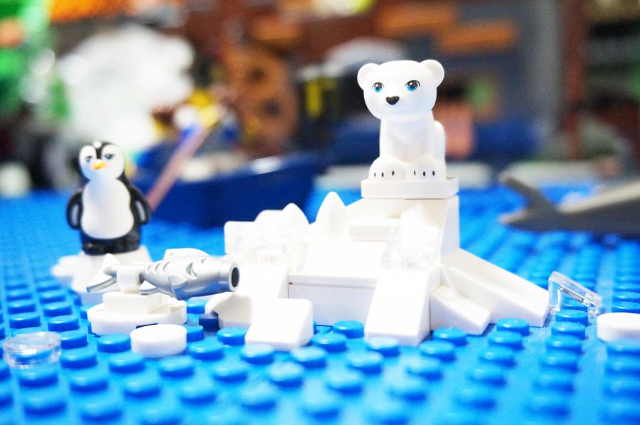 レゴの氷山