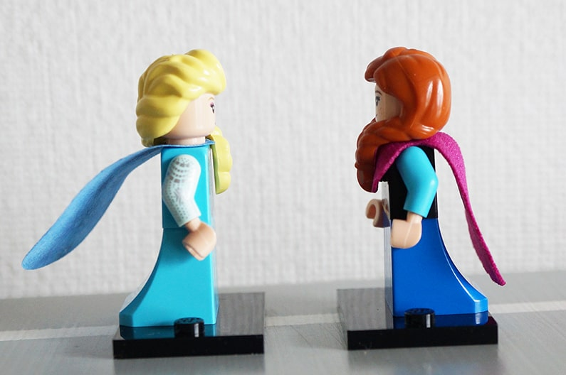 71024LEGOミニフィギュアディズニーのアナと雪の女王エルサとアナ